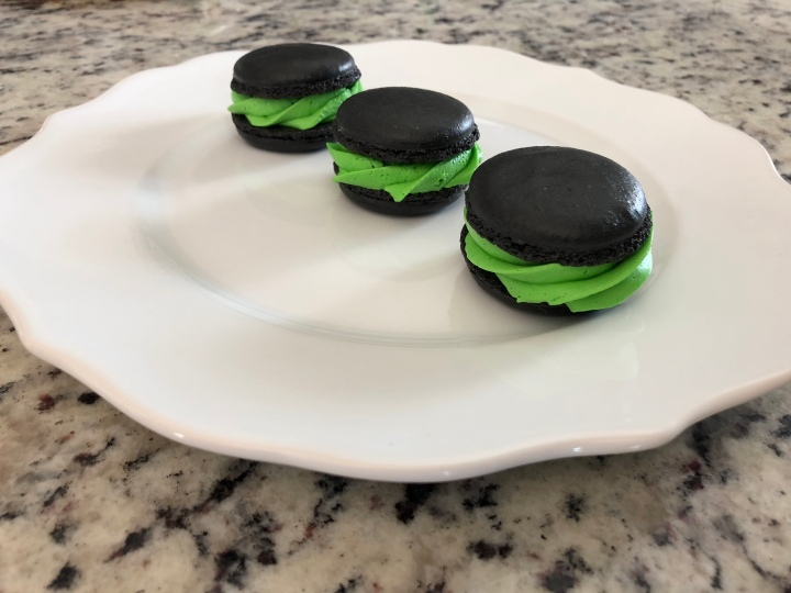 Houston Outlaws Macarons